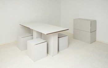 Cardboard furniture without plaids