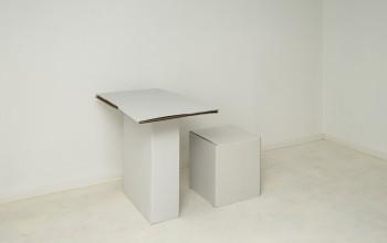 Bureau, tabouret