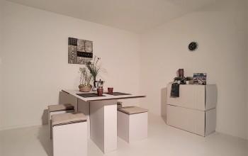 Meubels + decoratie eetkamer en keuken (50 stuks)